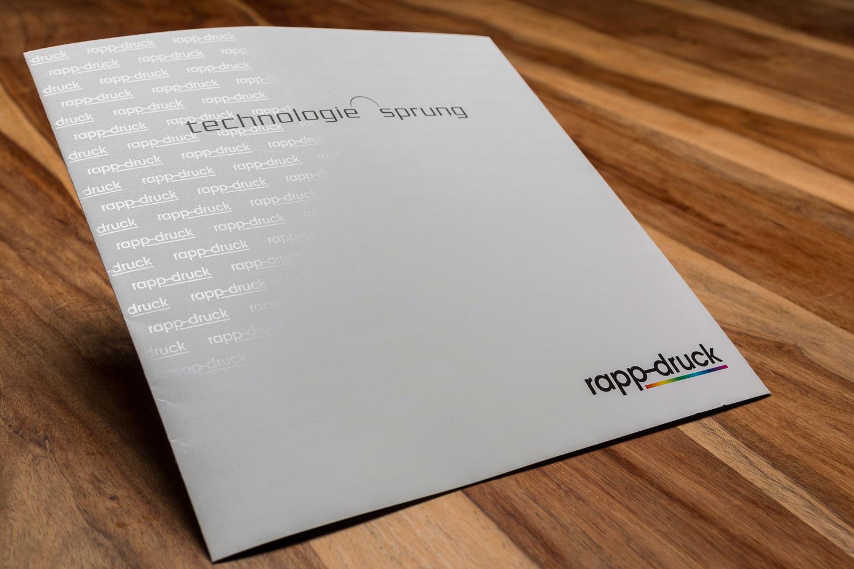 Imagefolder der Druckerei Rapp-Druck mit drip-off Lackierung