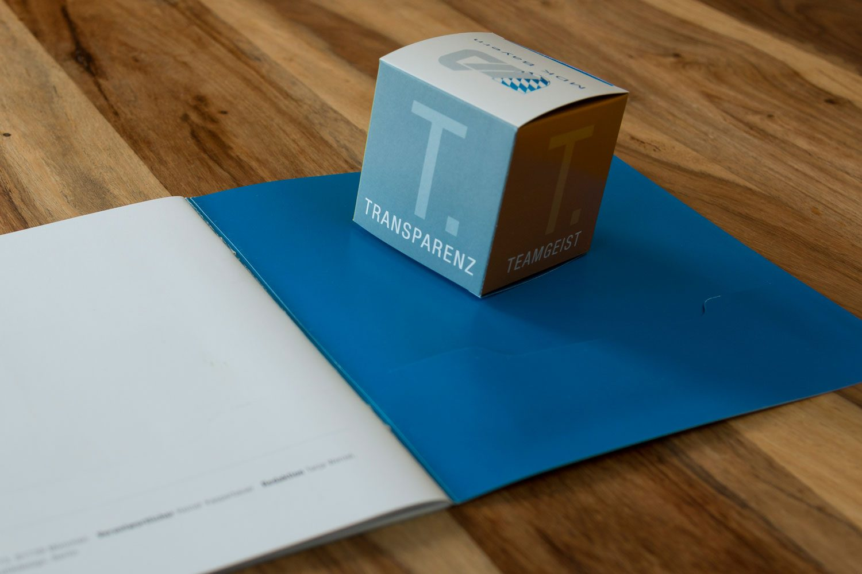 konfektionierter Papierwürfel der Druckerei Rapp-Druck GmbH
