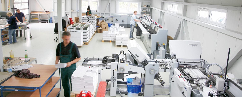 Verarbeitung der Druckerei Rapp-Druck GmbH mit Falzen und Sammelheften