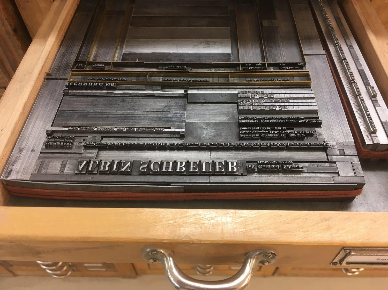 Hauptaufnahme einer Druckform mit klassischem Bleisatz der Druckerei Rapp-Druck GmbH
